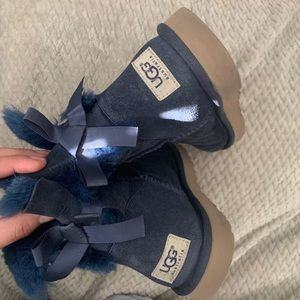 Ugg Bailey Bows women's size 7